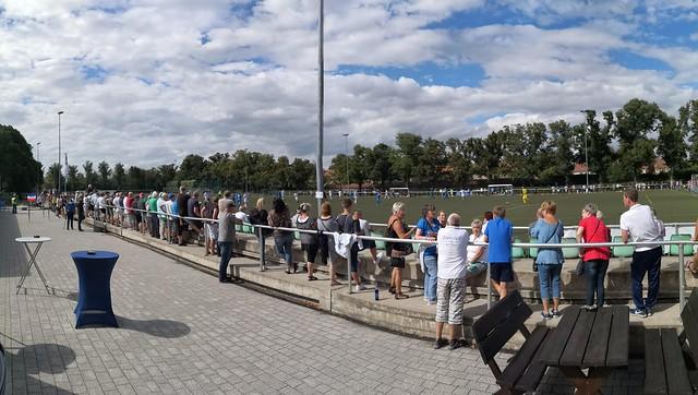 Sportpark Staaken - Bitte halten Sie Abstand!