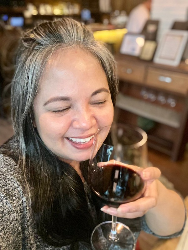 Dr. Wine, Poblacion