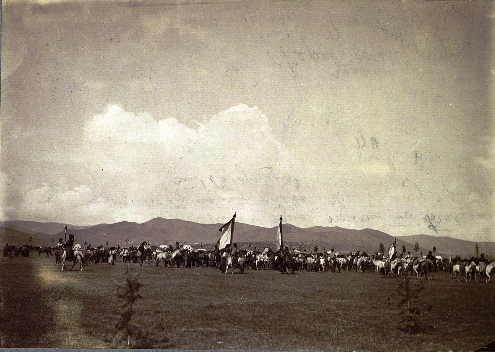 Выезд Богдо-Гегена на первые скачки