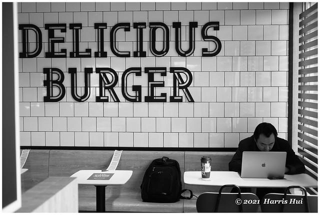 Delicious Burger XT9390e