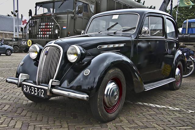 SIMCA 8-1200 1950 (7419)