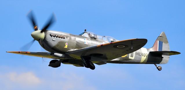 RAF Supermarine Spitfire MkIX G-LFIX ML407 NL-D