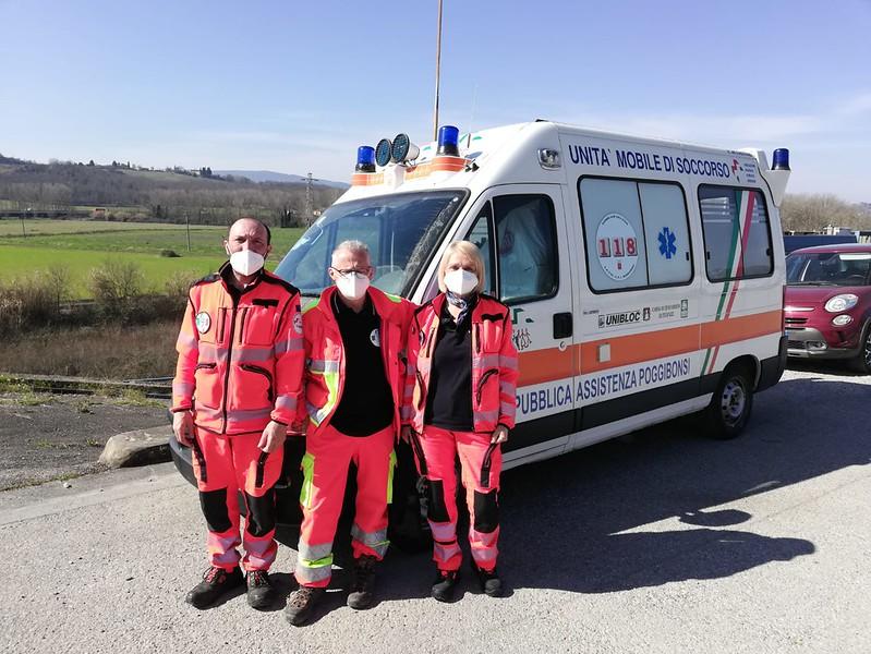 Un'ambulanza in viaggio: da Poggibonsi alla Macedonia