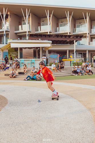 Surf skate @เดอะเเซนด์ เขาหลัก