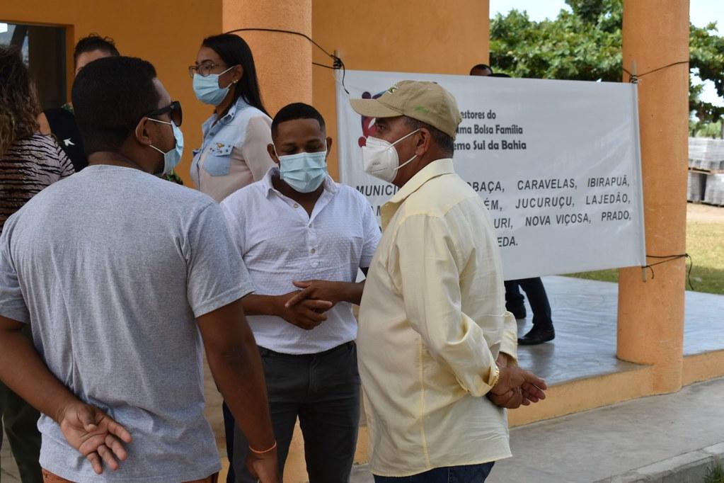 Encontro em Caravelas dos gestores do Bolsa Família no extremo sul Bahia (10)