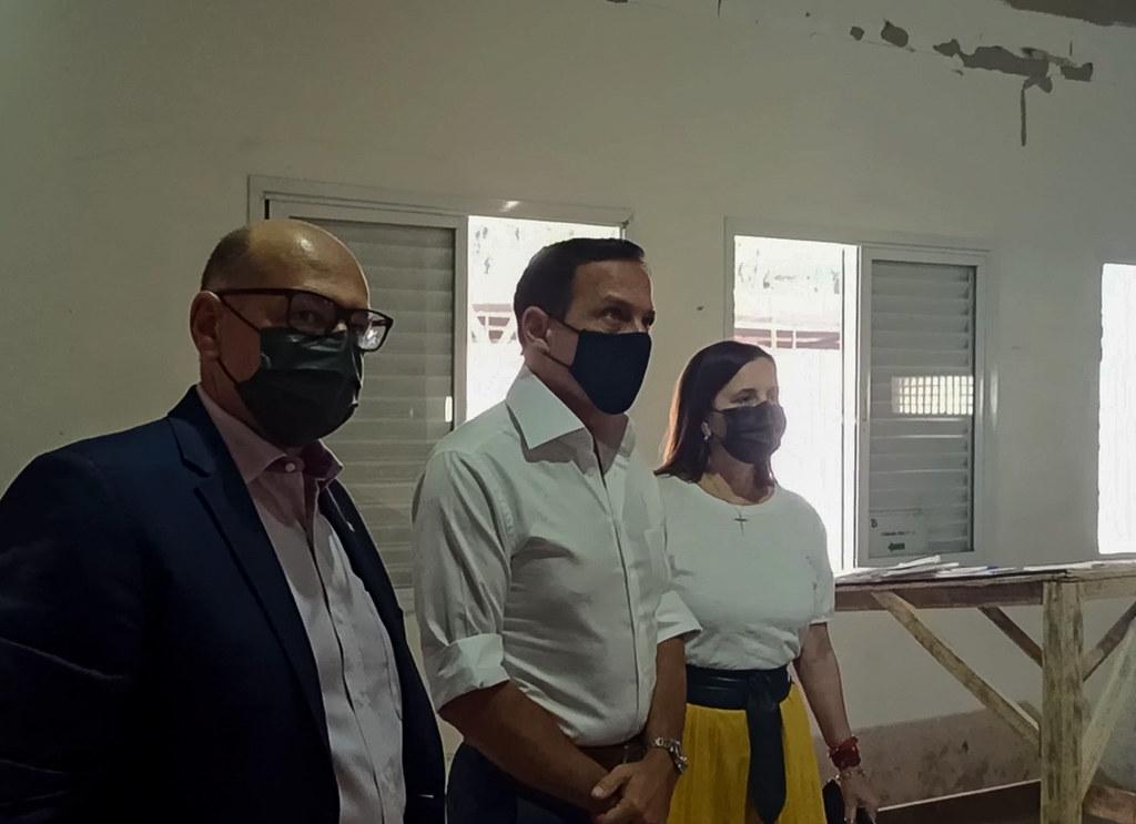 Visita o Instituto Butantan para liberação de novas doses da vacinam