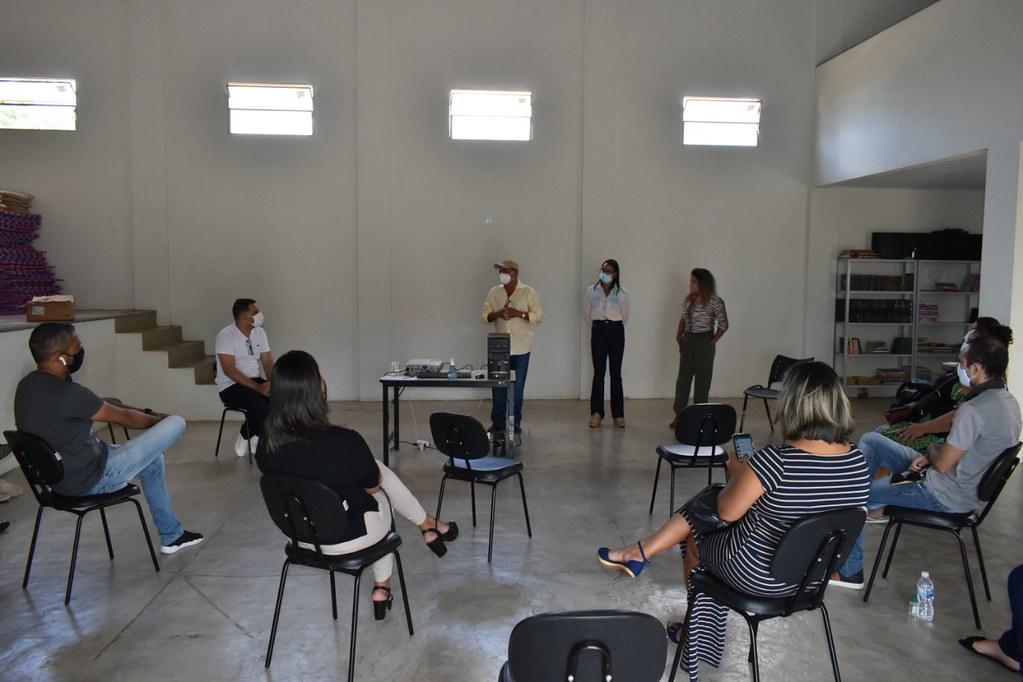 Encontro em Caravelas dos gestores do Bolsa Família no extremo sul Bahia (1)
