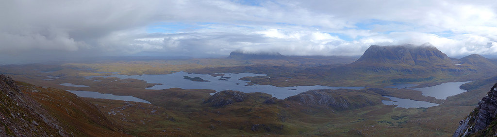 Loch Sionascaig, #Suilven, and Cùl Mòr as seen from Stac Pollaidh by Spike @WikiCommons