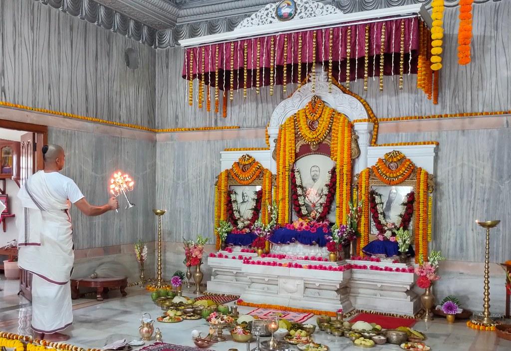 Thakur's Tithi Puja (150)