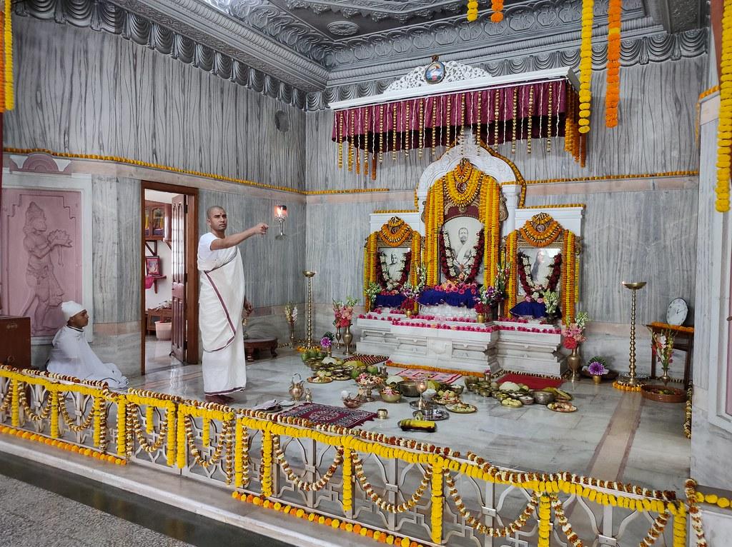 Thakur's Tithi Puja (154)