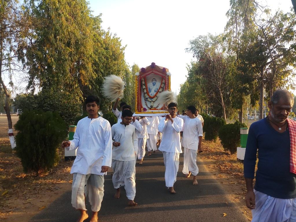 Thakur's Tithi Puja (15)