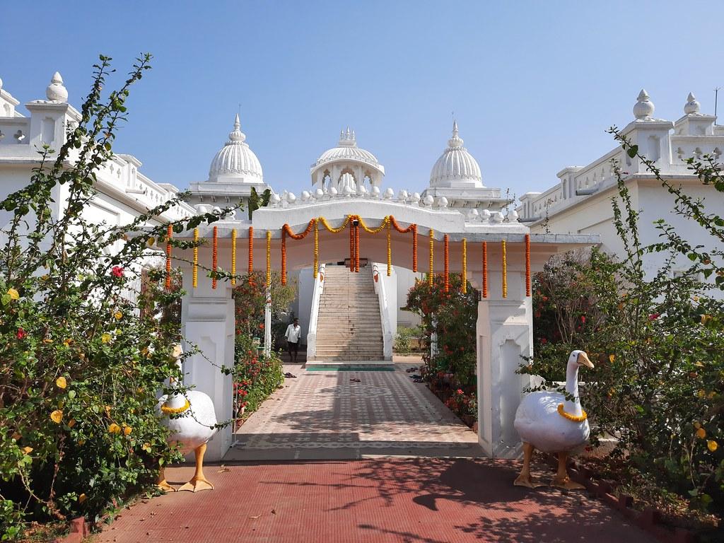 Thakur's Tithi Puja (98)