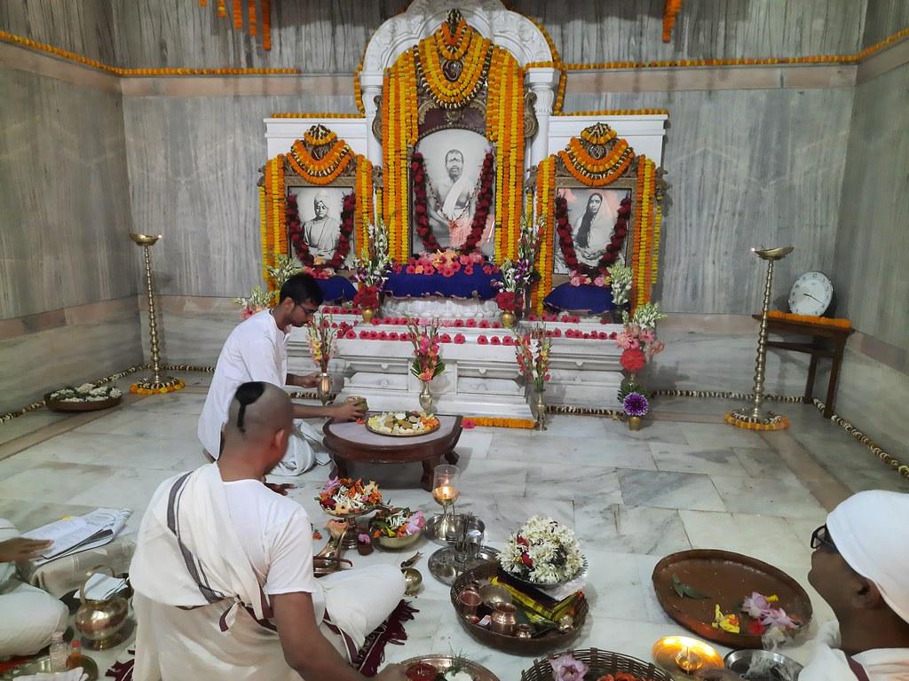 Thakur's Tithi Puja (107)
