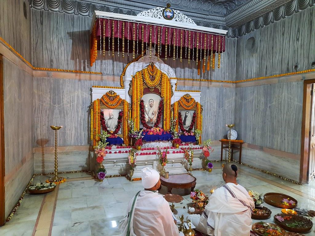 Thakur's Tithi Puja (110)