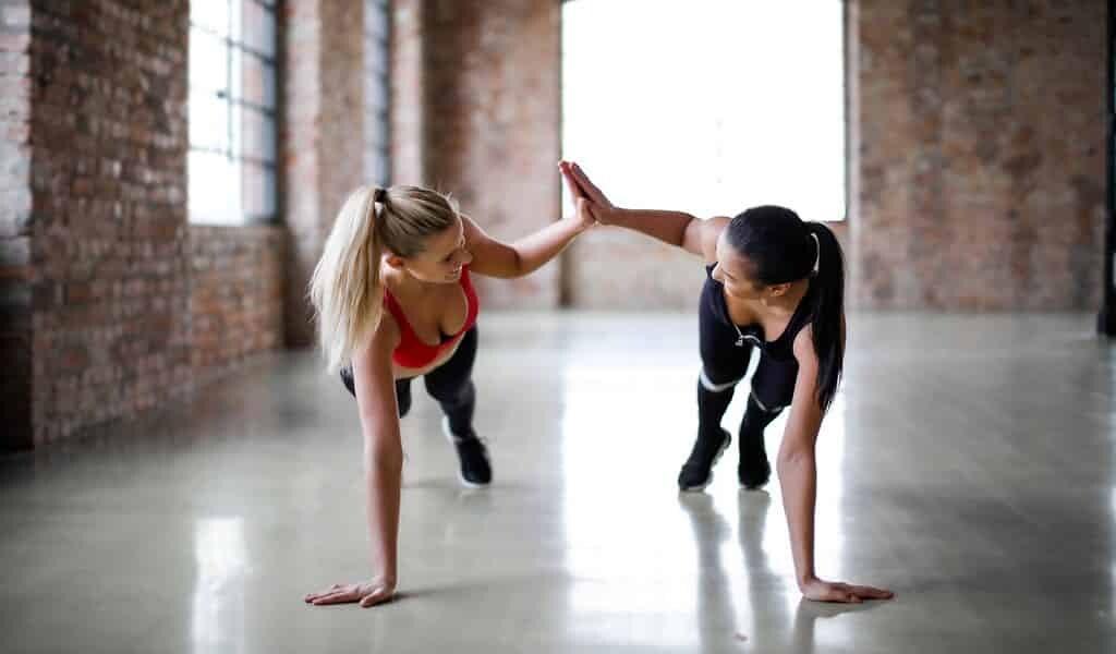 exercice-prévient-une-complication-due-au-covid-19