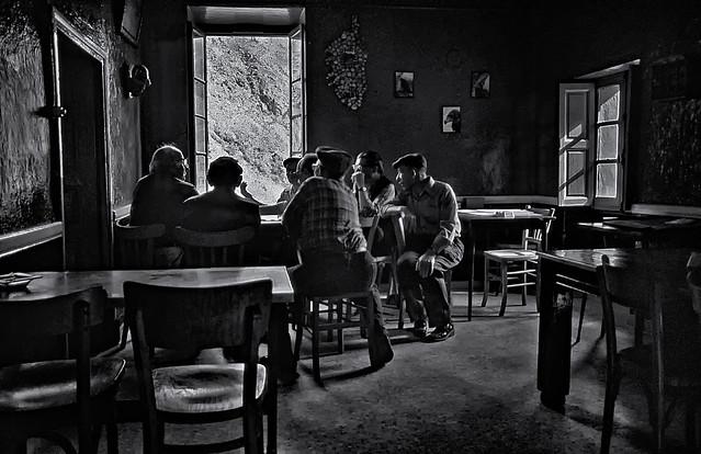 1981 - Seniors meeting in Asco café