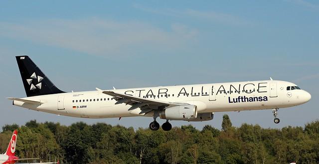 Lufthansa, D-AIRW,MSN 699,Airbus A321-131, 25.09.2016,HAM-EDDH, Hamburg