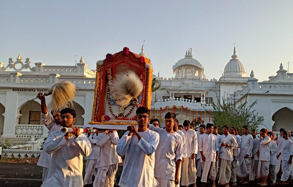 Thakur's Tithi Puja (7)