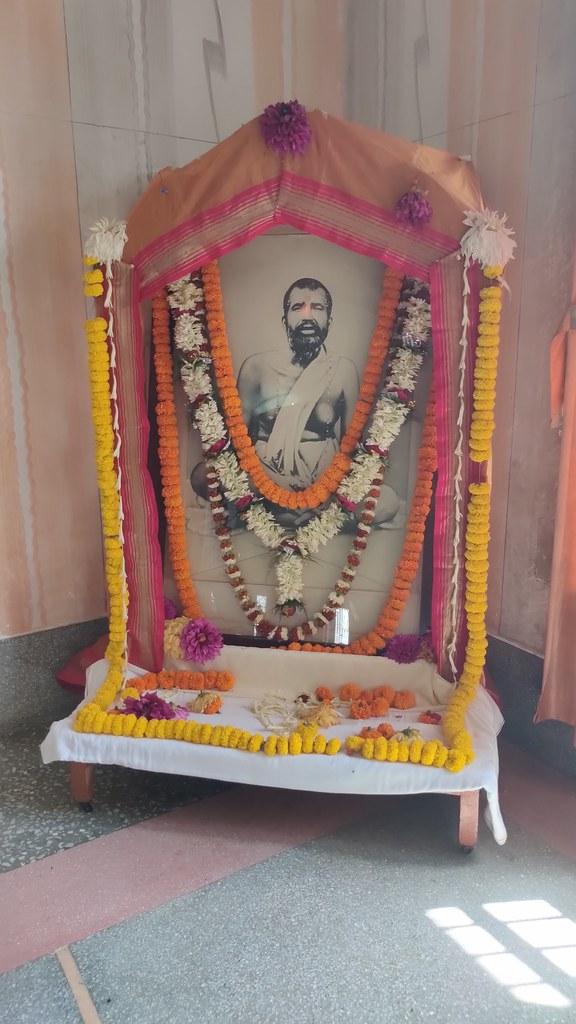 Thakur's Tithi Puja (136)