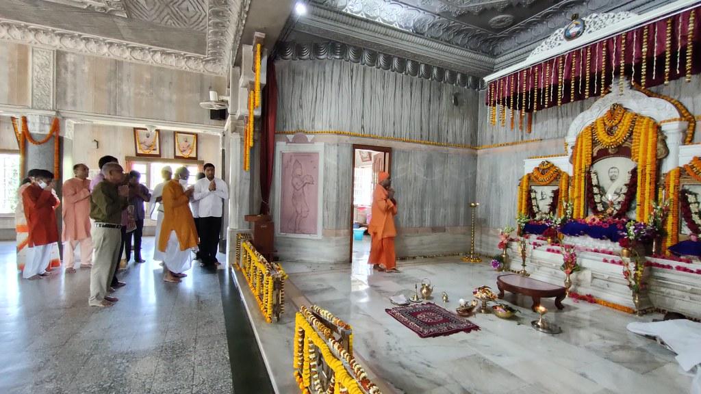 Thakur's Tithi Puja (144)