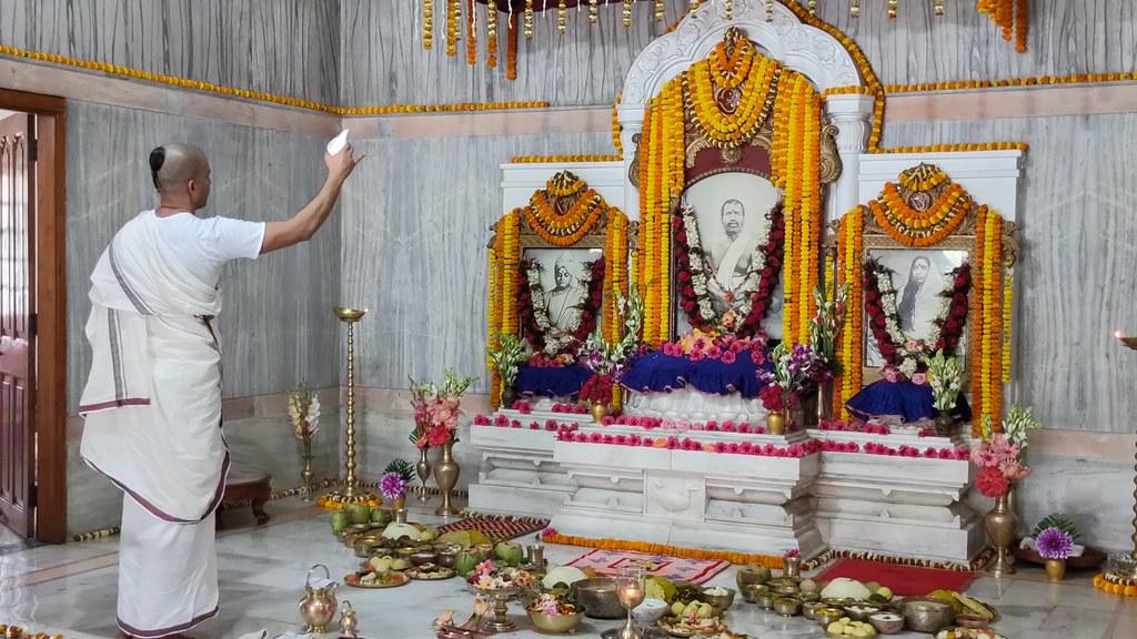 Thakur's Tithi Puja (160)