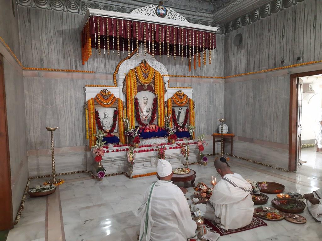 Thakur's Tithi Puja (104)