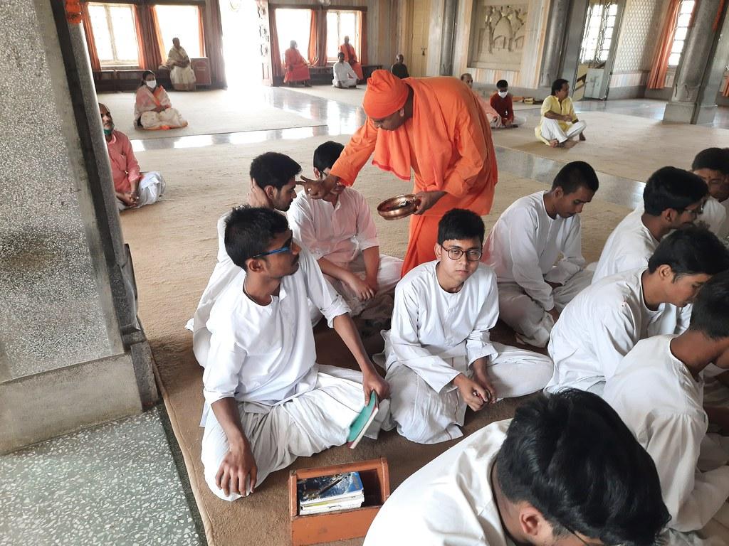 Thakur's Tithi Puja (127)
