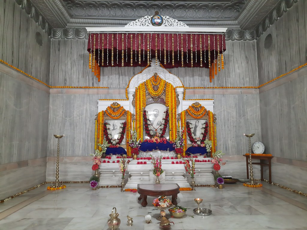 Thakur's Tithi Puja (133)