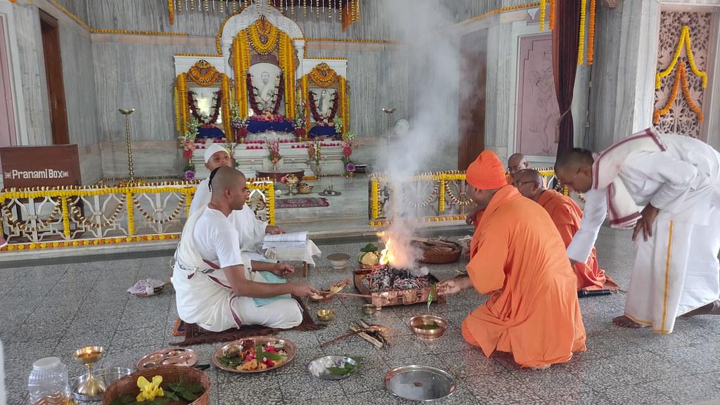Thakur's Tithi Puja (141)