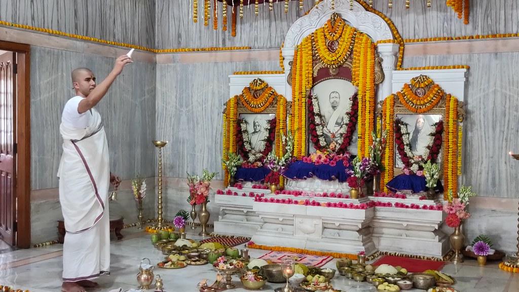 Thakur's Tithi Puja (159)