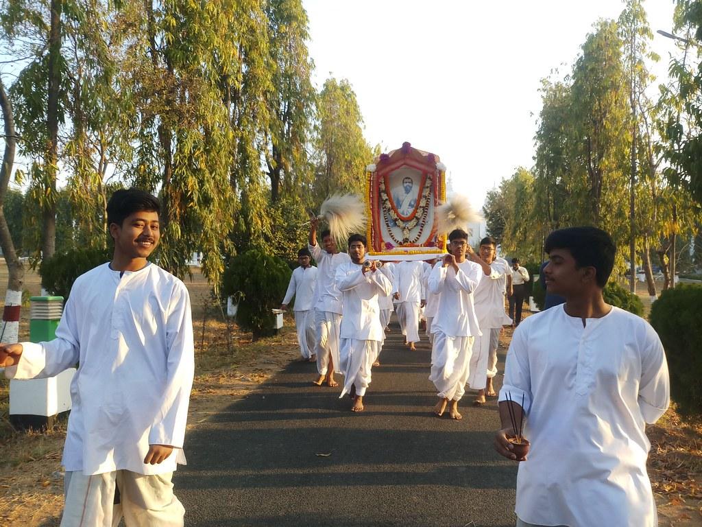 Thakur's Tithi Puja (8)