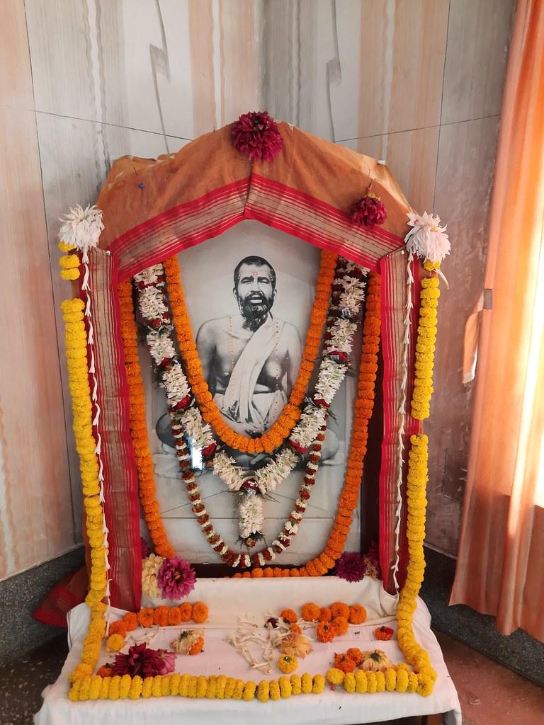Thakur's Tithi Puja (103)