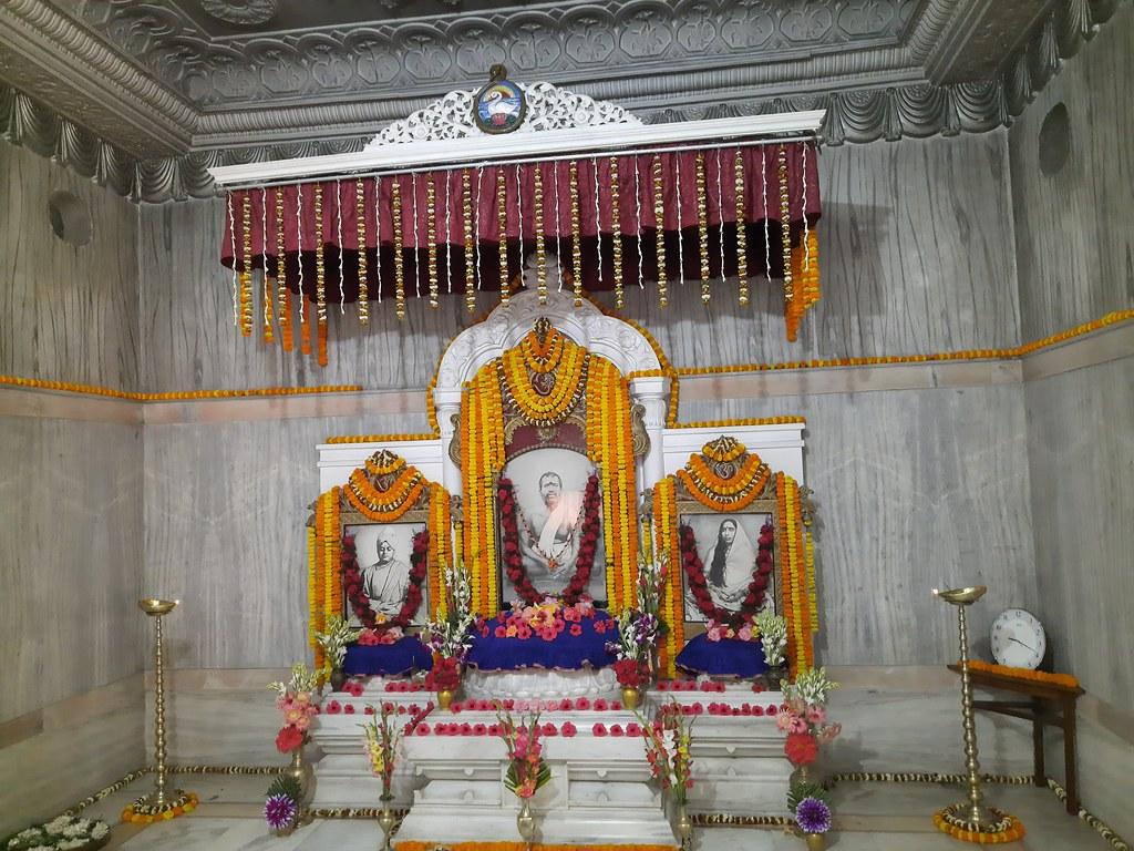 Thakur's Tithi Puja (105)