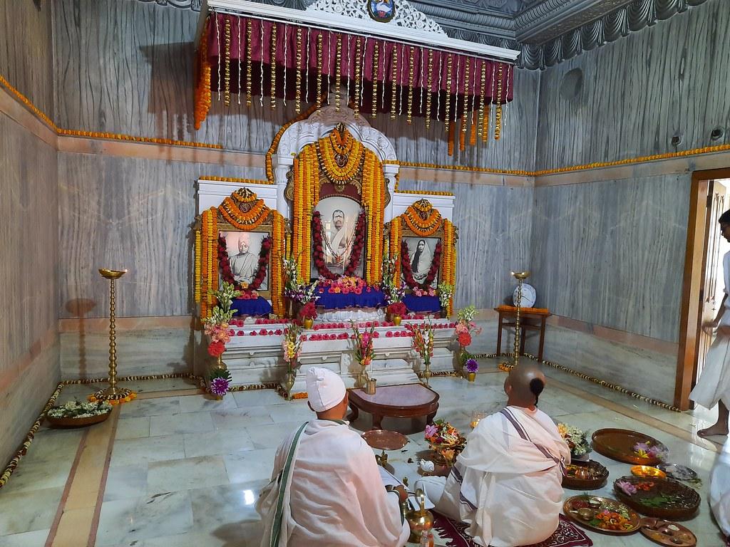 Thakur's Tithi Puja (109)
