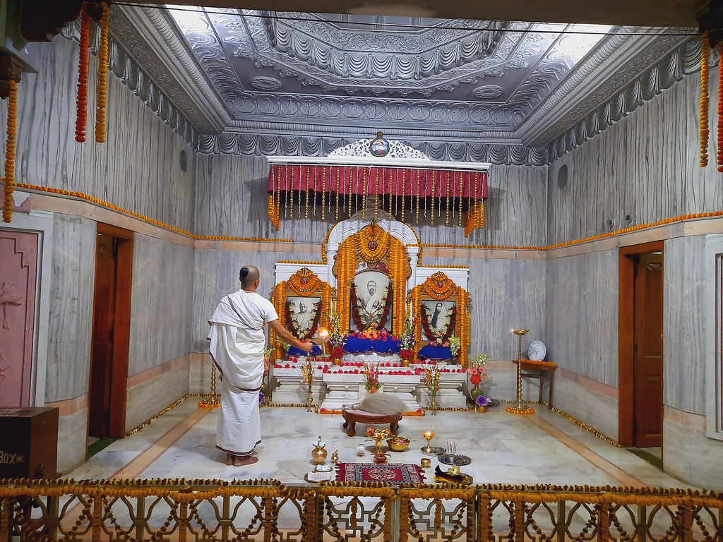 Thakur's Tithi Puja (192)