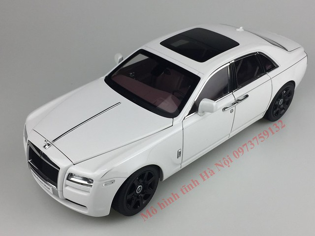 Mo hinh o to Rolls Royce Ghost 1 18 Kyosho (43)
