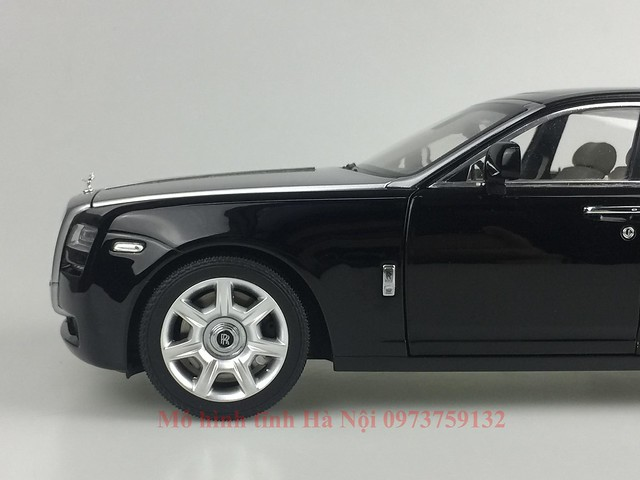 Mo hinh o to Rolls Royce Ghost 1 18 Kyosho (27)