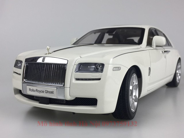 Mo hinh o to Rolls Royce Ghost 1 18 Kyosho (1)