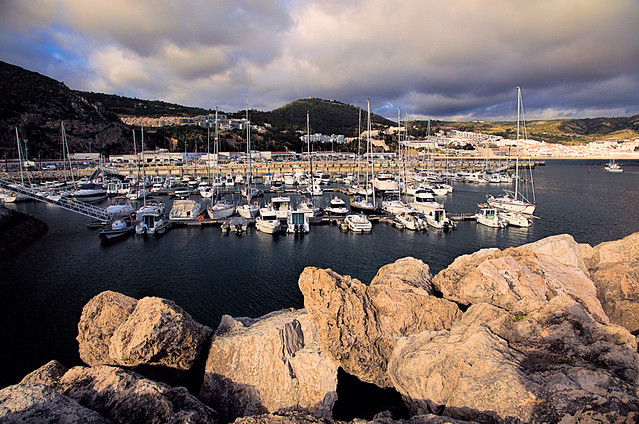 Sesimbra, The harbour