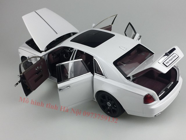 Mo hinh o to Rolls Royce Ghost 1 18 Kyosho (56)