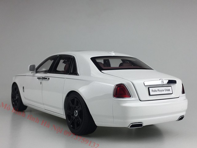 Mo hinh o to Rolls Royce Ghost 1 18 Kyosho (51)