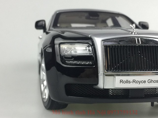 Mo hinh o to Rolls Royce Ghost 1 18 Kyosho (25)