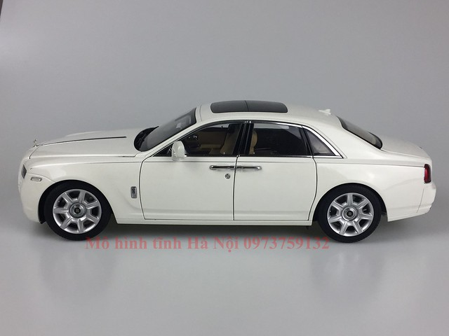 Mo hinh o to Rolls Royce Ghost 1 18 Kyosho (4)