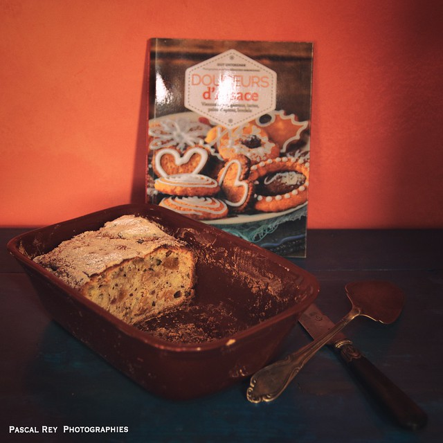 En hommage à nos cousins germains, Christstolle, le gâteau de Noël  allemand par excellence, cité dès le XV° siècle.