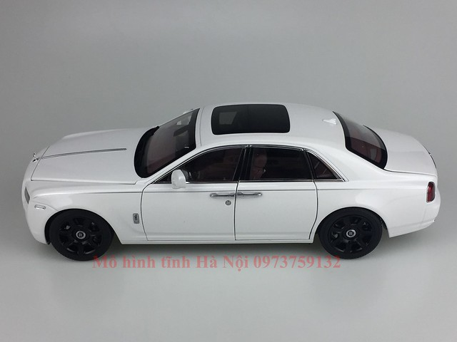 Mo hinh o to Rolls Royce Ghost 1 18 Kyosho (47)
