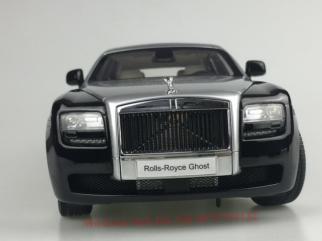 Mo hinh o to Rolls Royce Ghost 1 18 Kyosho (24)