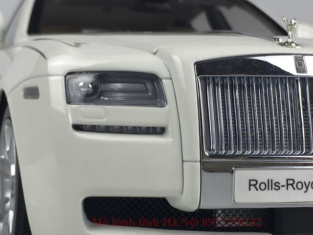 Mo hinh o to Rolls Royce Ghost 1 18 Kyosho (3)