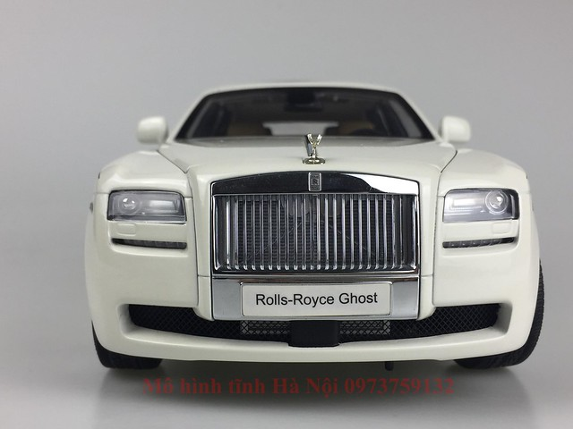 Mo hinh o to Rolls Royce Ghost 1 18 Kyosho (2)