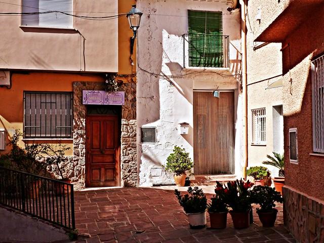 Patio en el carrer l'Horta - Nàquera - Valencia