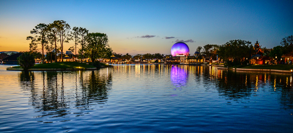 SSE Epcot across water sunset